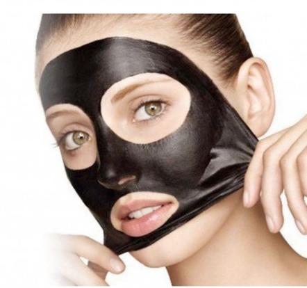 La crema escarlata químico el acné