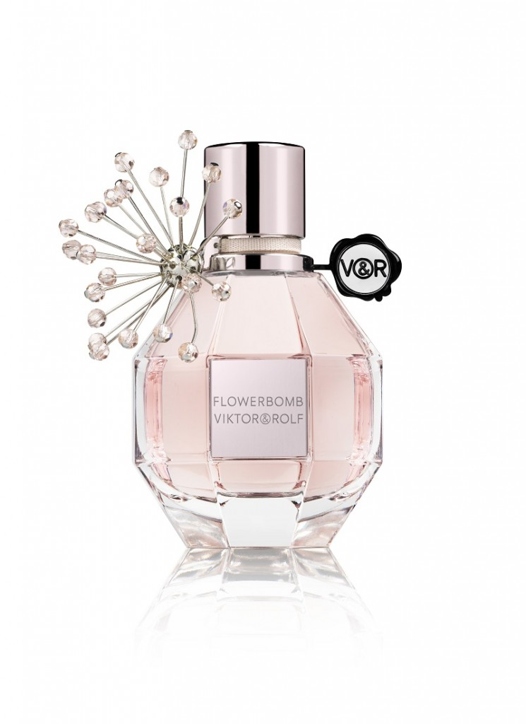 Flowerbomb_Holiday_2015
