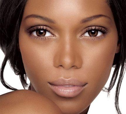 natural mujer madura piel oscura