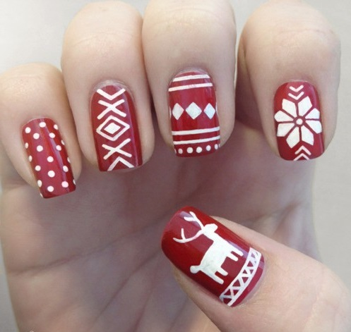 nails sweater1
