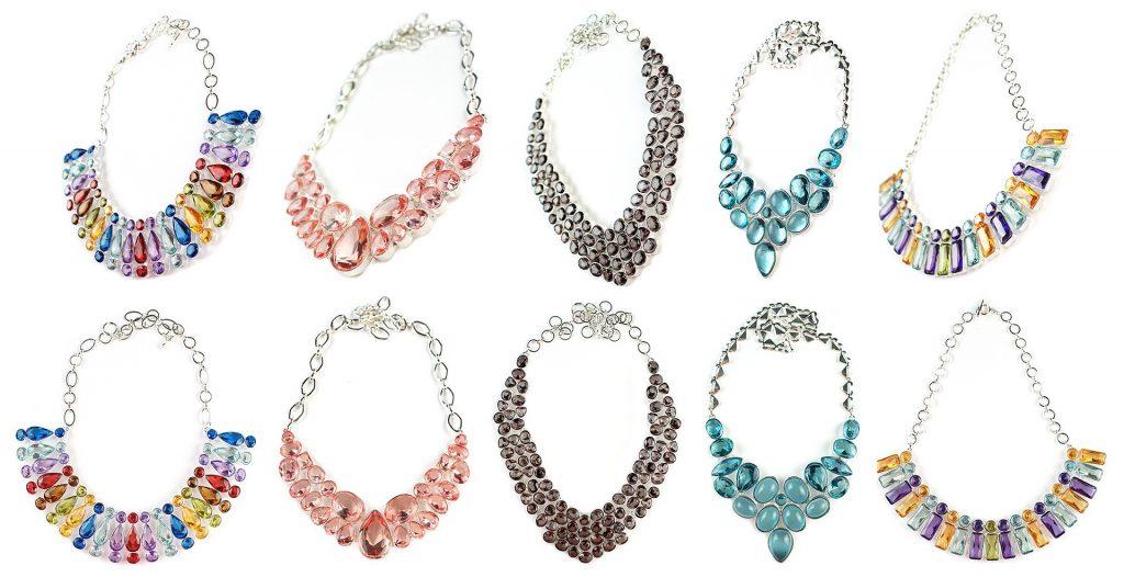 Atrévete a adornar tu cuello con un bello collar de plata.